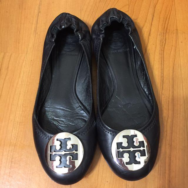 「搬家出清,只賣到4月底」美國購入ToryBurch羊皮平底鞋娃娃鞋銀色盾牌