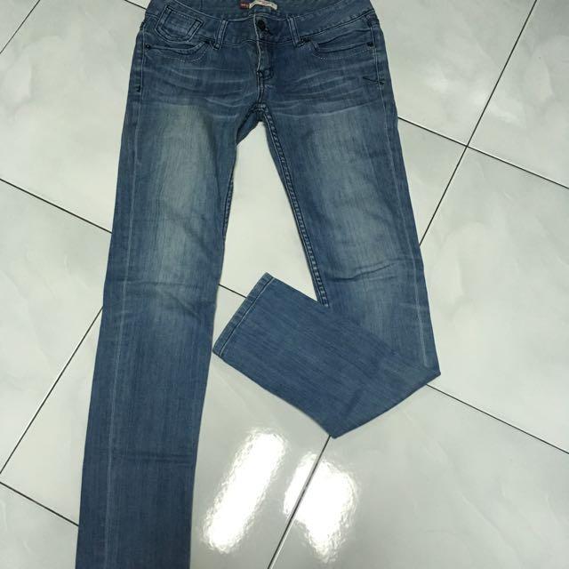 正韓 牛仔褲 質感超好隨便賣
