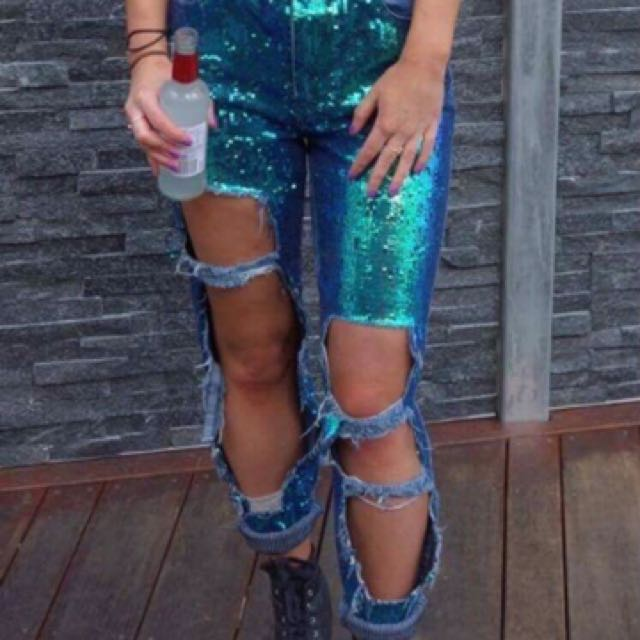 * Looking For * Riot Sequin Missguided Jeans