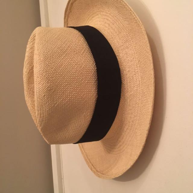 Aritzia baby on Hat