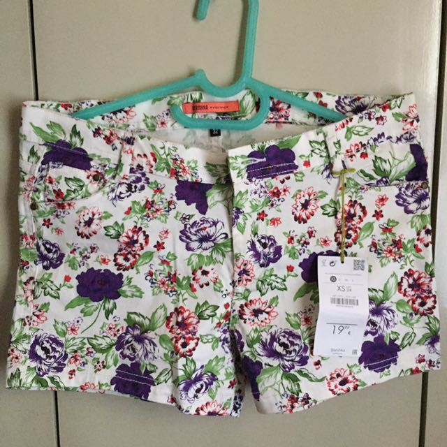 Bershka Summer shorts