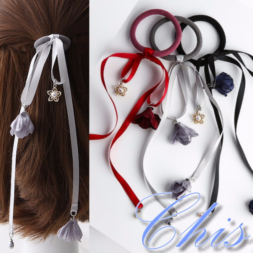 Chis Store【珍珠小花垂墜緞帶髮圈】韓國簡約氣質公主頭 綁頭髮 馬尾吊飾花朵 蝴蝶結髮束  MZB7208