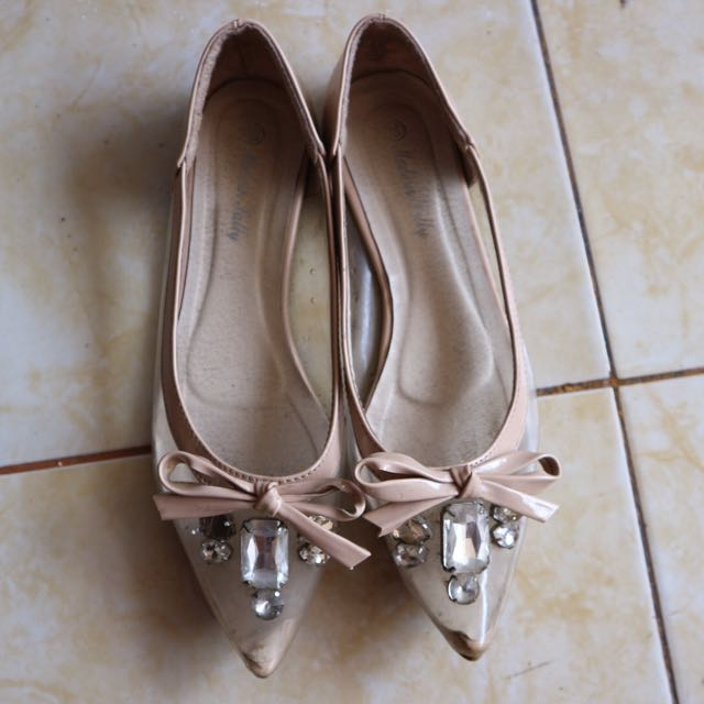 Cream Flatshoes