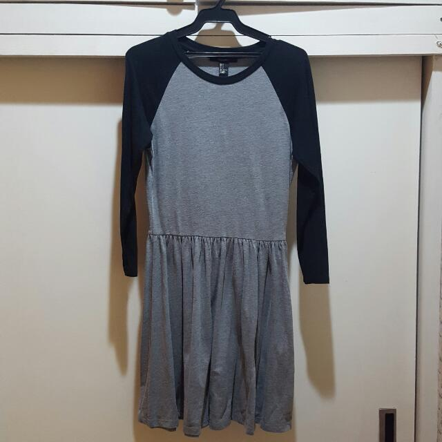 Forever 21 Gray/Black Raglan Dress