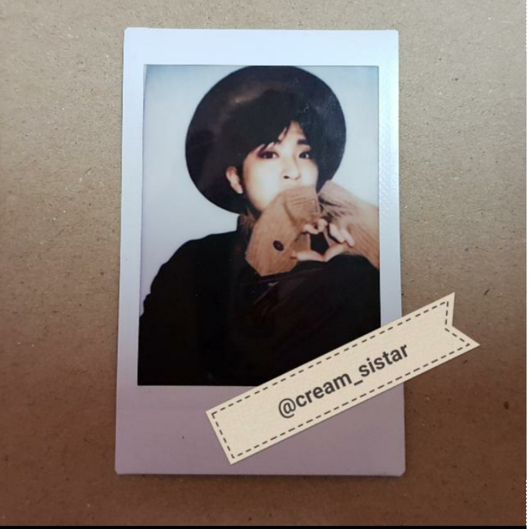 GOT7 Youngjae polaroid signed from random in 1st GOT7 Japanese album 'Mariagatteyo'