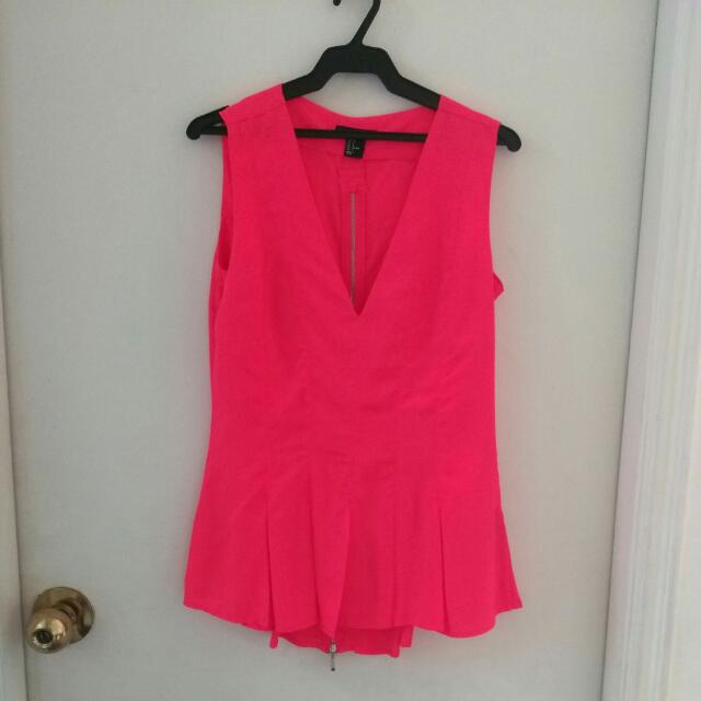 H&M Top In Neon Pink (Size US 6)