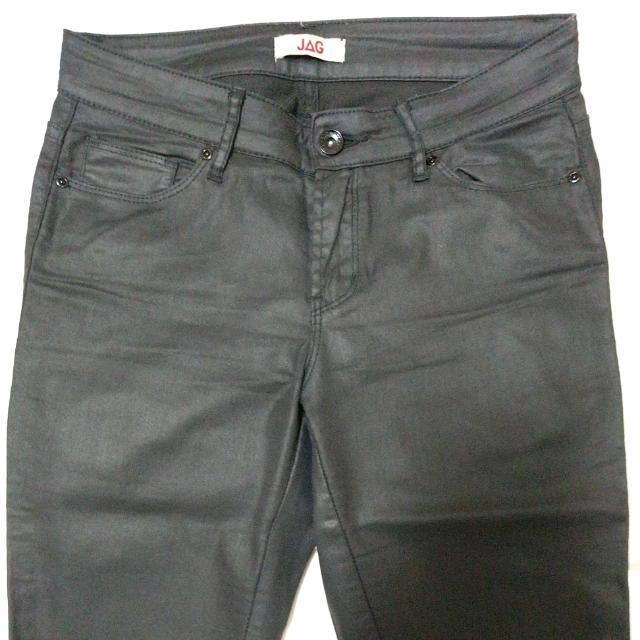 JAG Coated Black Jeggings (Size 7)