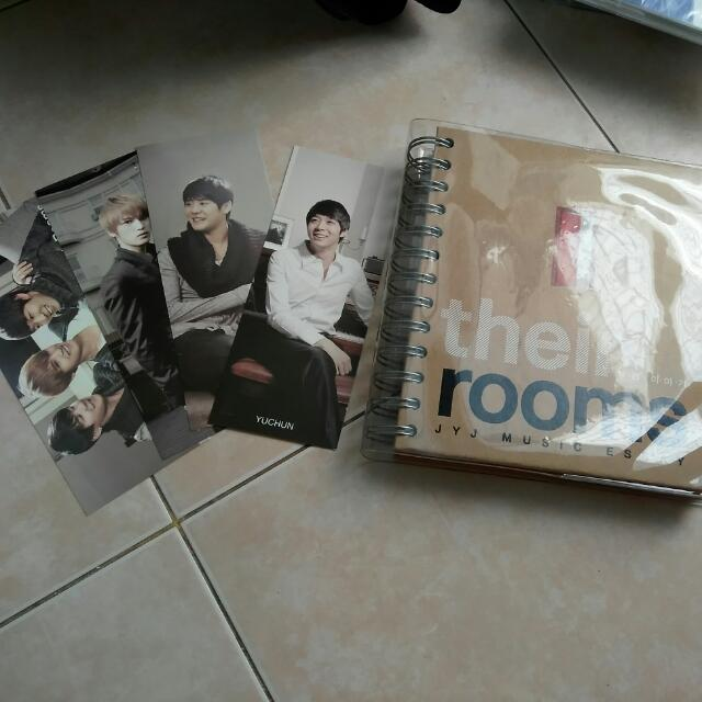 "JYJ Music Essay ""Their Rooms"""