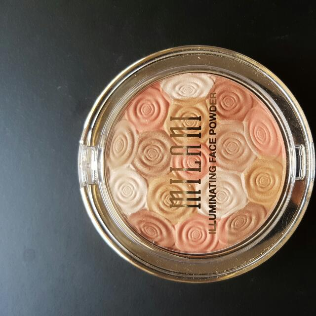 Milani Illuminating Face Powder In 01 Amber Nectar