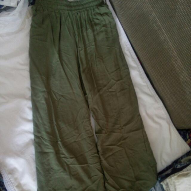 Military green pants