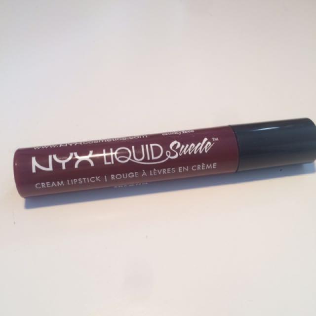 Nyx Liquid Suede in Cherry Skies