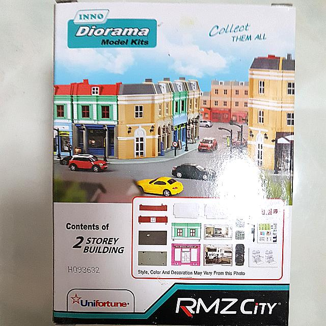 RMZ City 1/64 Diorama Model Kits with Toyota GT86 , Toys