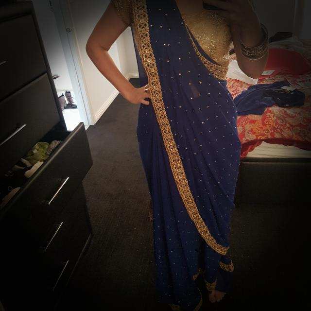 Saree For Hire