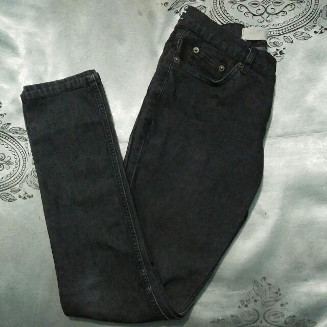 [Reprice] Skinny Jeans Hitam