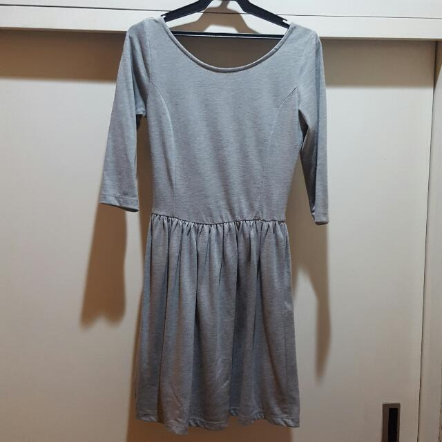 Stradivarius Gray 3/4 Sleeve Dress