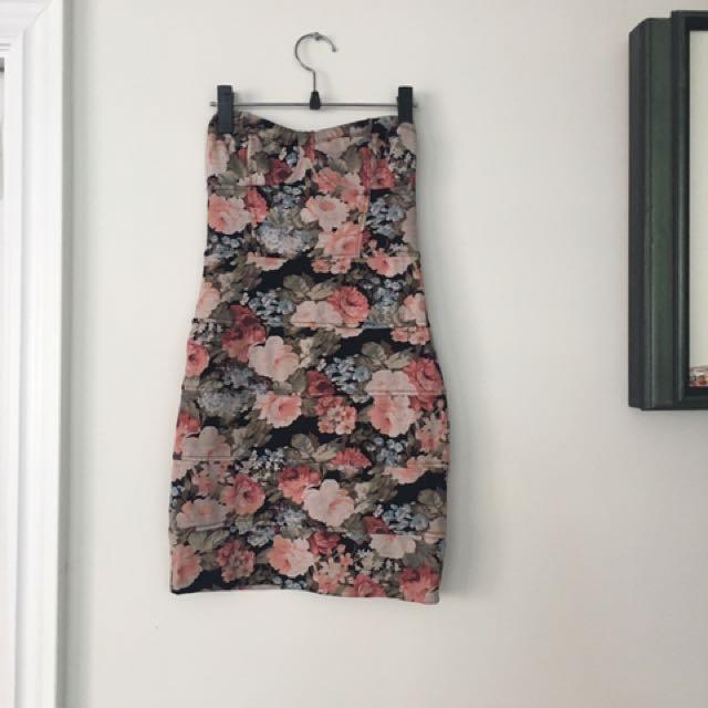 Aritzia(Talula) Flower Dress
