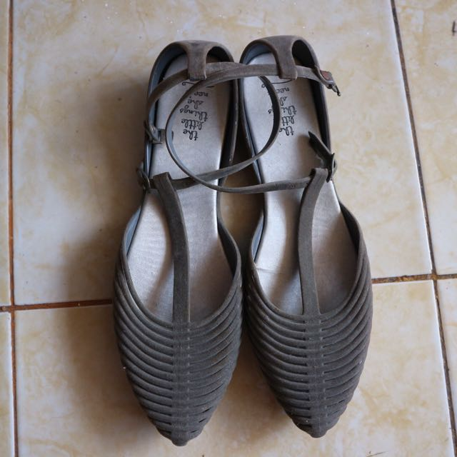The Little Things She Needs Grey Flatshoes