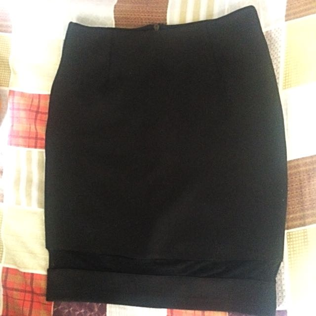 TOMATO Pencil Skirt (mesh)