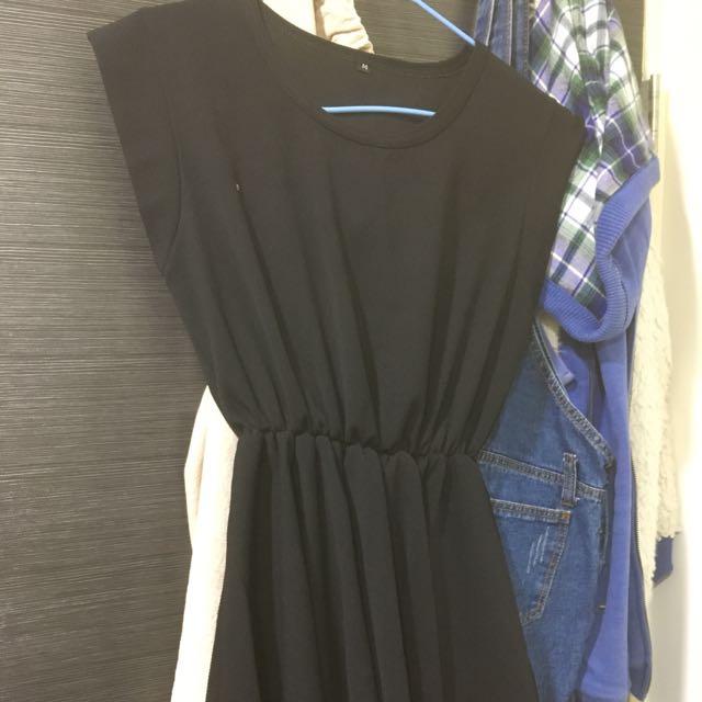 Vieso黑色縮腰洋裝