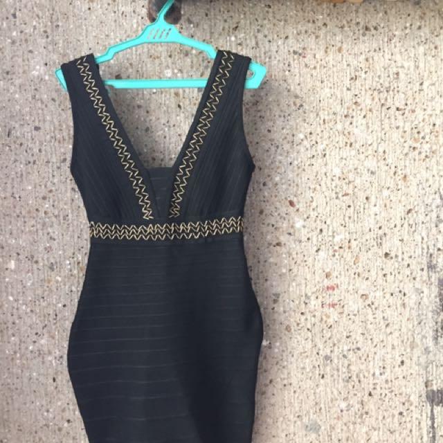 F21 V-Plunge Black Dress