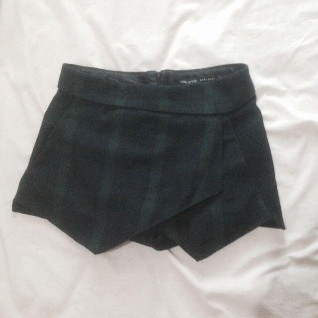 Zara Basic Short