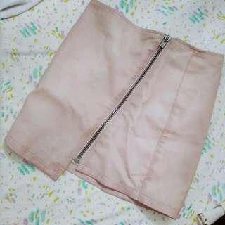 H&M全新裸粉色質感皮裙窄裙 原價1800