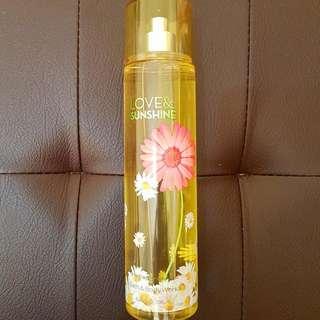 BATH AND BODY WORKS Love & Sunshine Fine Fragrance Mist 8 fl oz / 236 ml