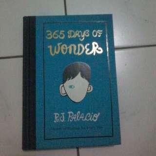 365 Days of Wonder By R. J Palacio (Novel Import Murah)