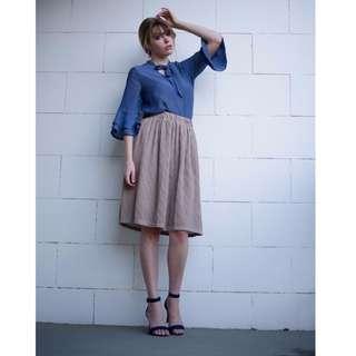 Crepe knee length skirt