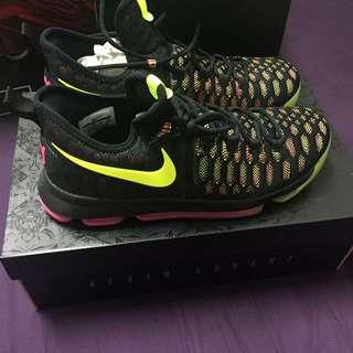 US10 KD限量籃球鞋 可議