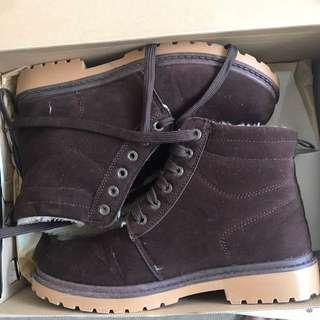 Fur Boots AU7