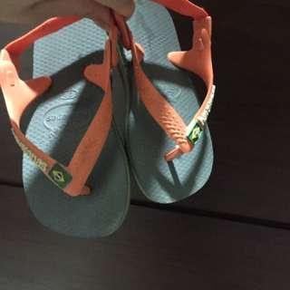 哈瓦仕涼鞋