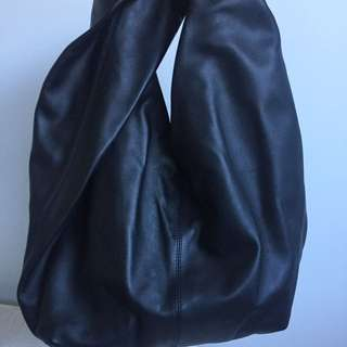 J.W Anderson Leather Twist Hobo Bag Black