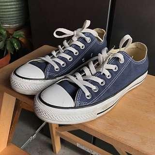 Converse- Chuck Taylor All Star - Size 37.5 (5 UK)