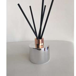 LUXURY - 100ml SILVER REED DIFFUSER WITH ROSE GOLD/COPPER LID