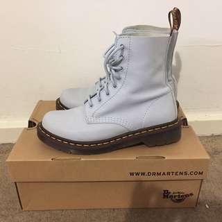 Doc Martens (Blue Moon Pascal boots)