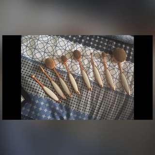 Oval Brush Set!