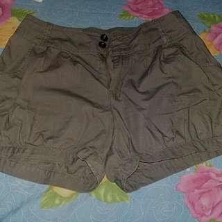 Celana HOT PANTS