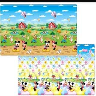 Disney Parklon Playmat