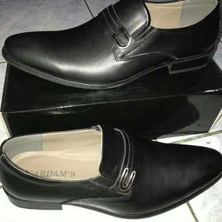 Brand new Formal Black Leather Shoes By Cardams