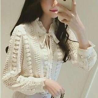 全新 現貨 韓版鏤空鉤花蕾絲花邊綁帶蝴蝶結長袖襯衫