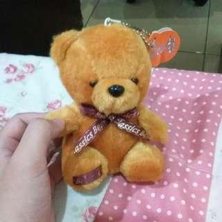 🚚 小熊娃娃