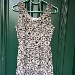 Papers N Scissors Size 12 Dress