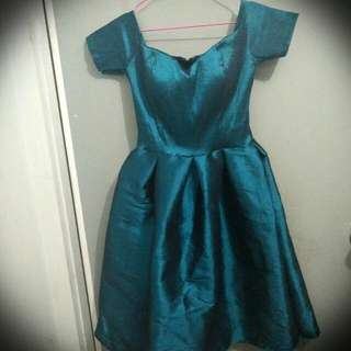 Dress Sabrina Hijau Tosca / Merah