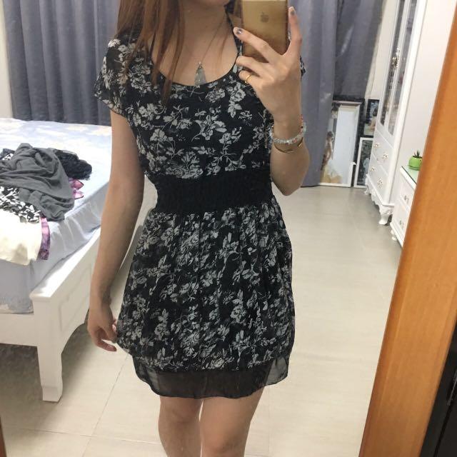 碎花縮腰洋裝