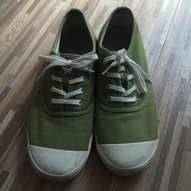 無印良品 圓頭帆布鞋 綠色24.5