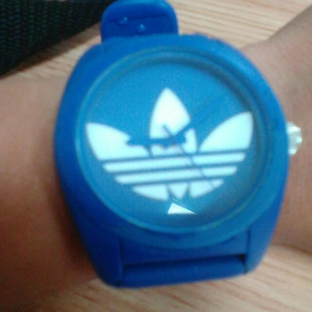 adidas blue watch,