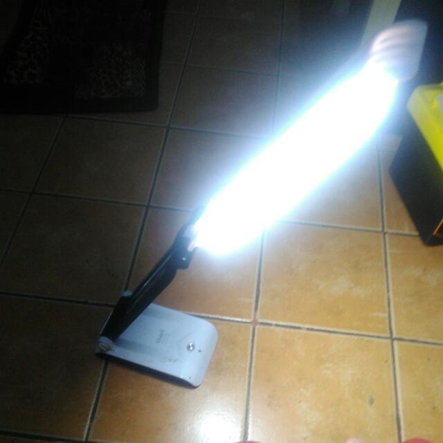 Akari Rechargeable LED Emergency Desk Light