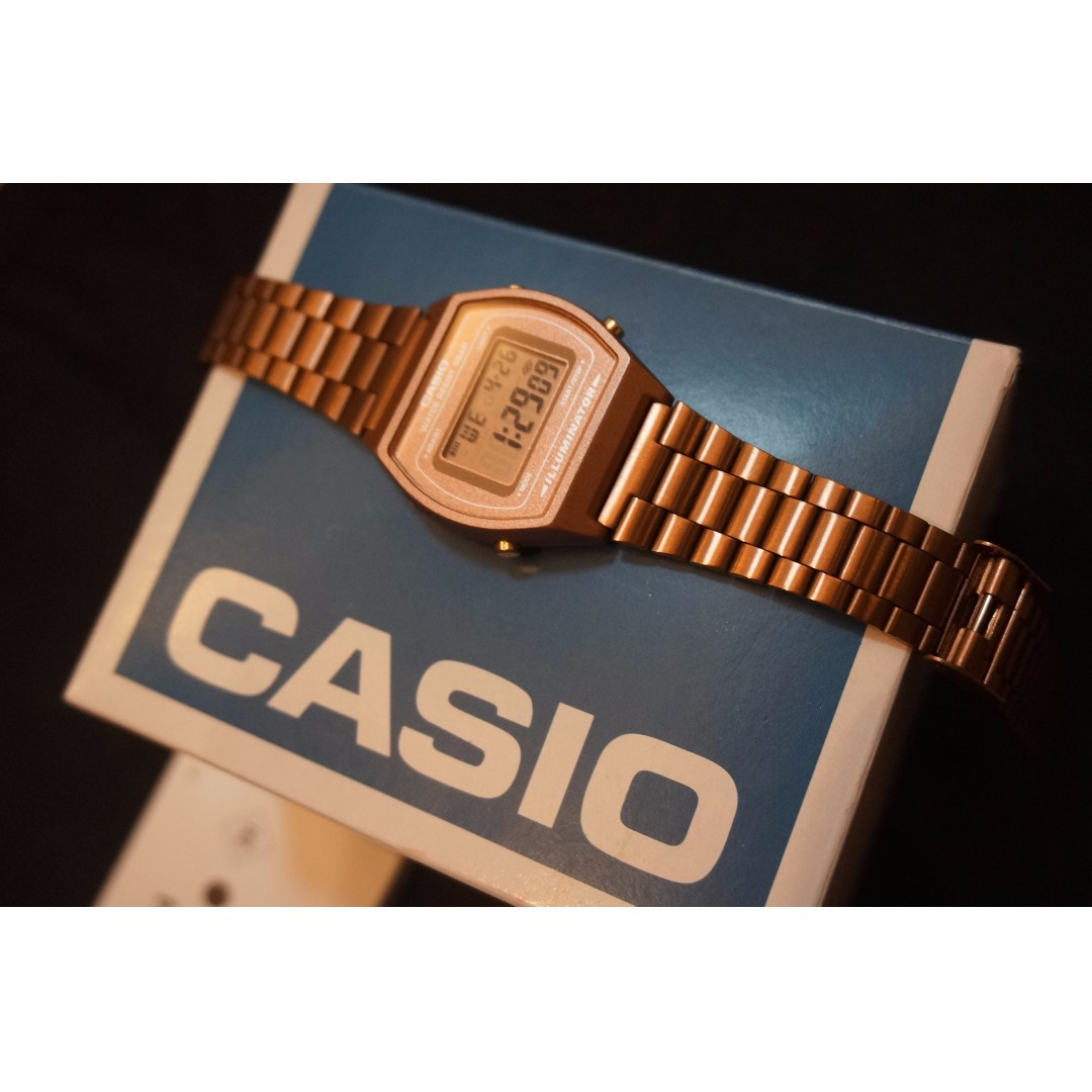 Casio Vintage Women's Watch SaLe