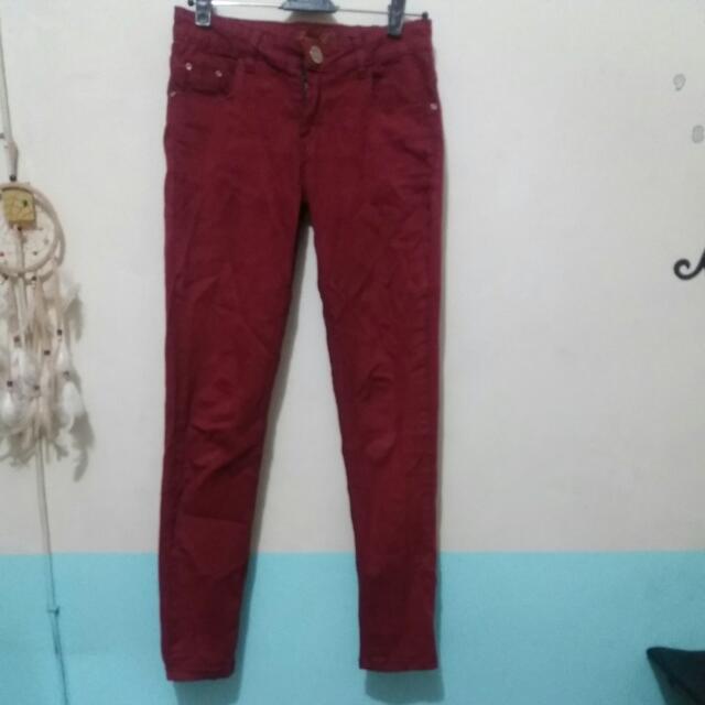 Celana Jeans (Paris Hilton)